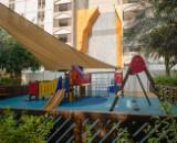 Children's pool & play area